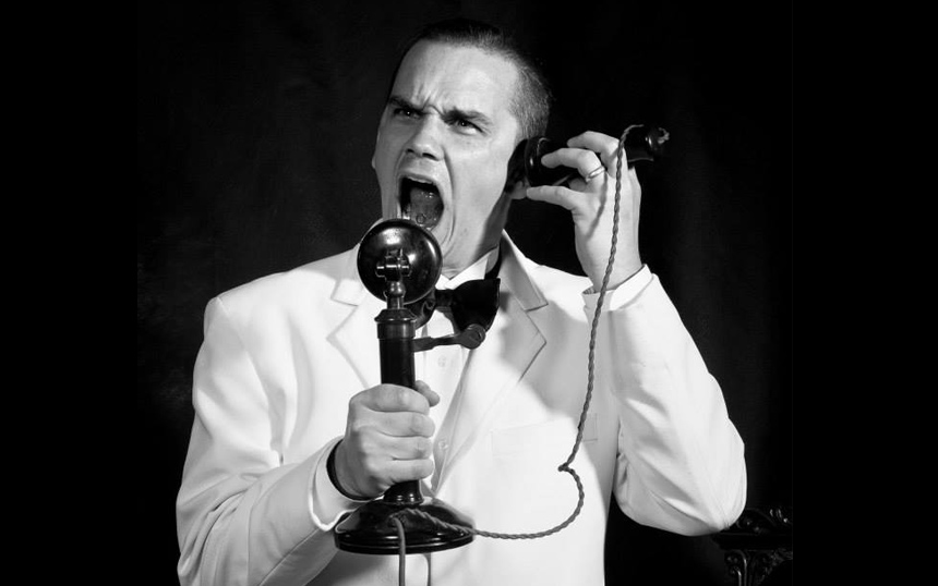 Aron De Casmaker as The Great Gatsby on the telephone