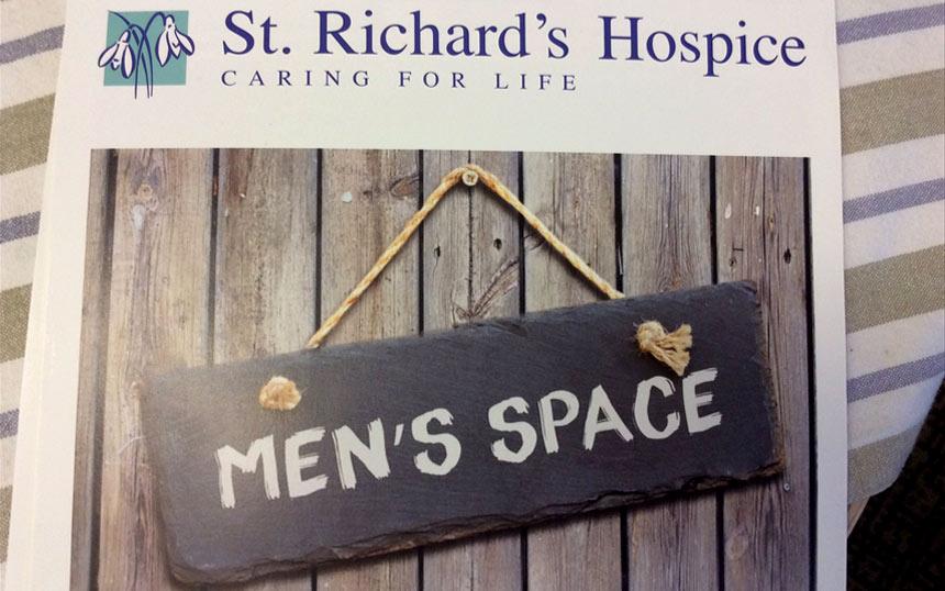 St Richard's Hospice welcomes Vamos Theatre